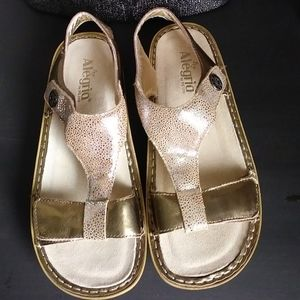 Alegria Kendra Leather Sandals- Gold Sand Do's